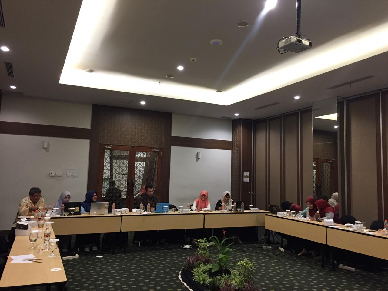 Review dan Penyusunan Borang Akreditasi Program Studi Ekonomi Pembangunan